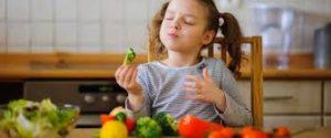 أفضل فيتامين لتسمين الطفل والنمو الطبيعي من شهر حتى أكثرمن 10 سنوات